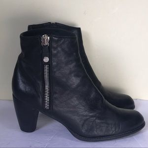 Stuart Weitzman Leather Ankle Booties Boots Side Zipper Rubber Sole Stacked Heel